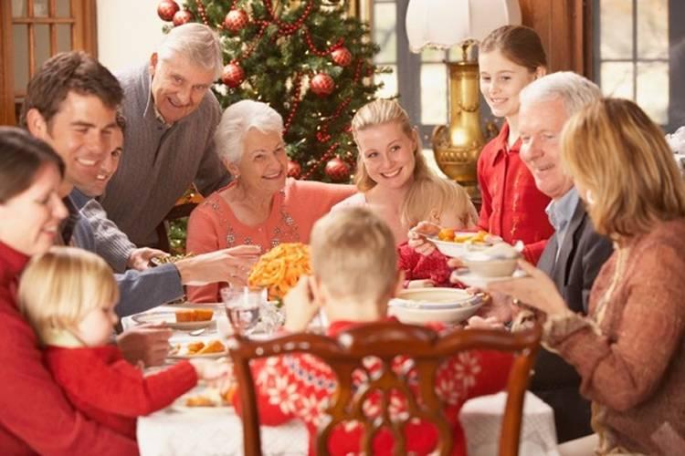 7 consigli per sopravvivere alle cene in famiglia sotto le feste